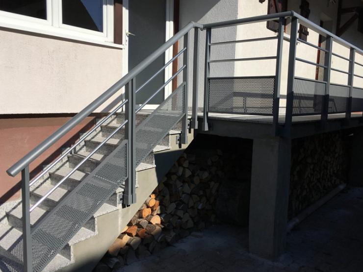 Garde corps design avec montée d'escalier