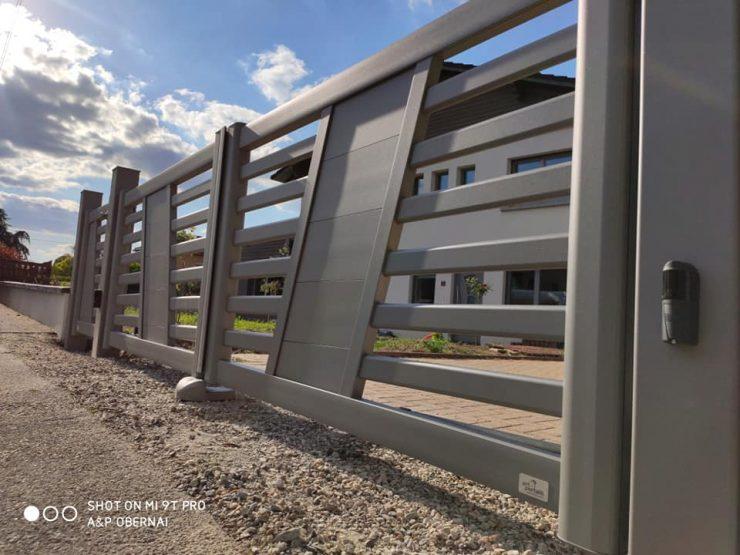 portail GRAFIC 1 ensemble portail motorisé et son portillon- osé