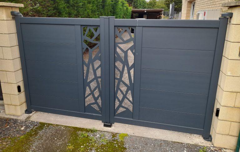 portail battant alu motif design