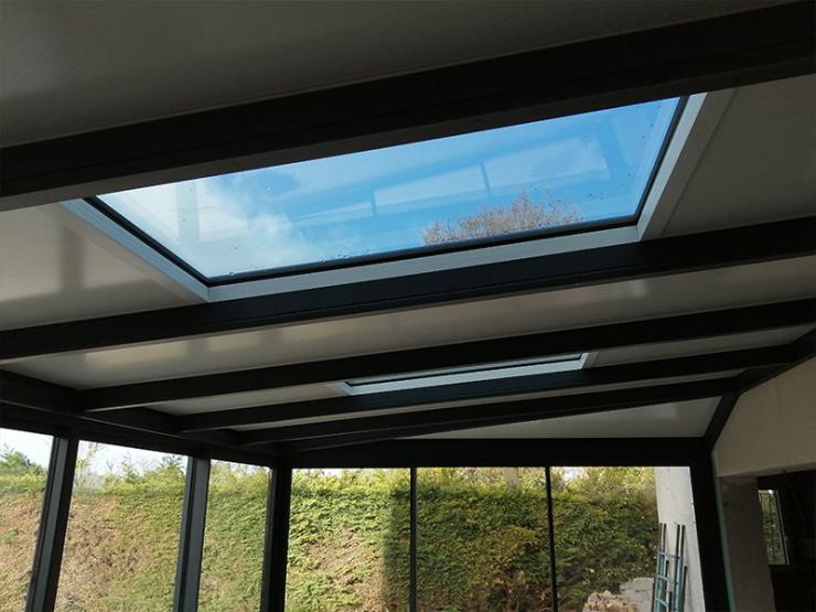 toit veranda avec fenetre interieur